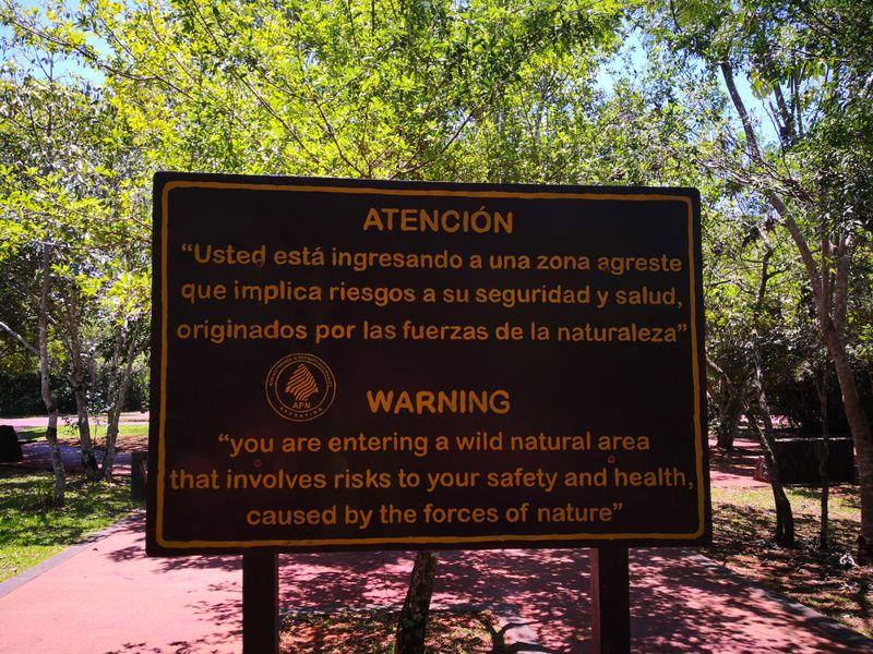Warnung vor den Risiken der Natur